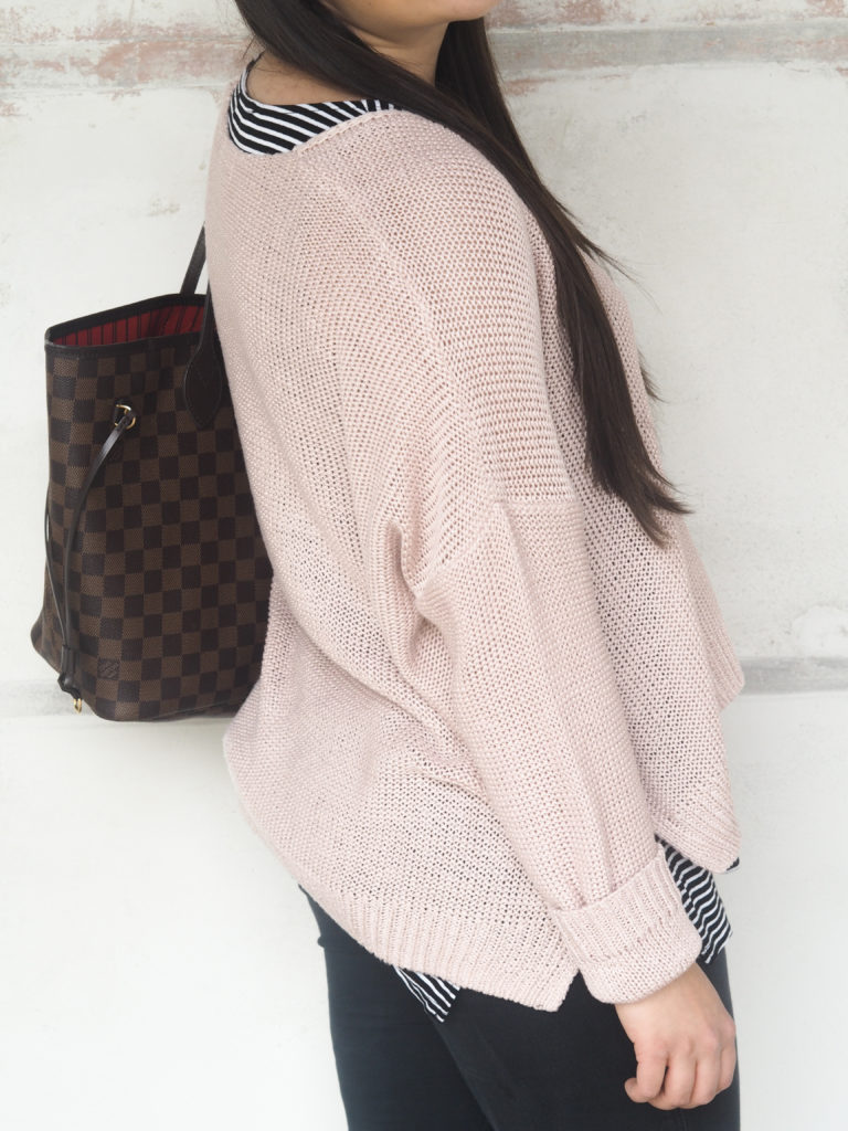 Rosa Pulli Outfit