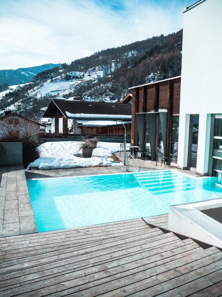 Weißes Kreuz Hotel Südtirol Outdoorpool