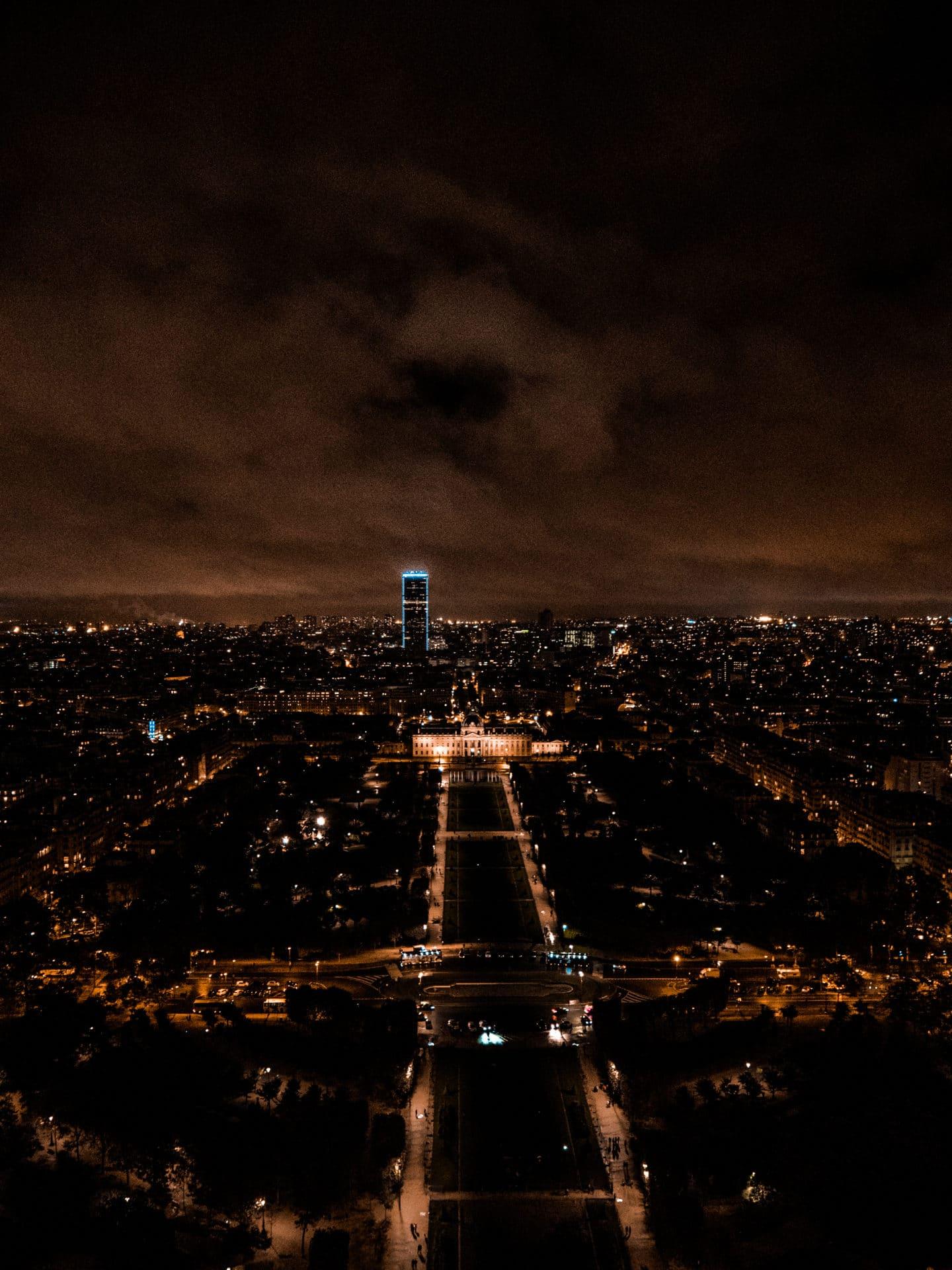 Ausblick Eifelturm bei Nacht