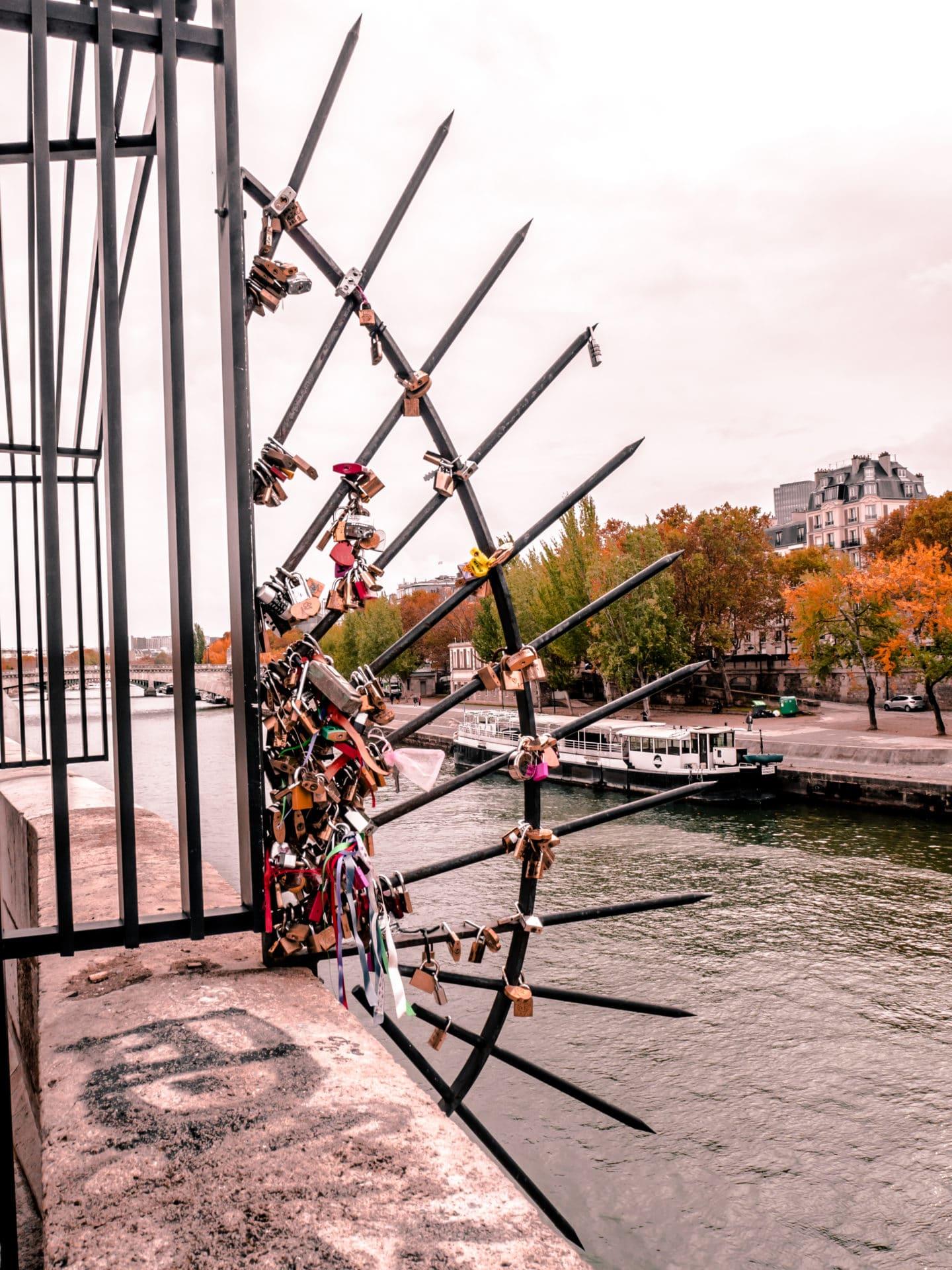 Liebesschlösser Brücke Paris Tipps