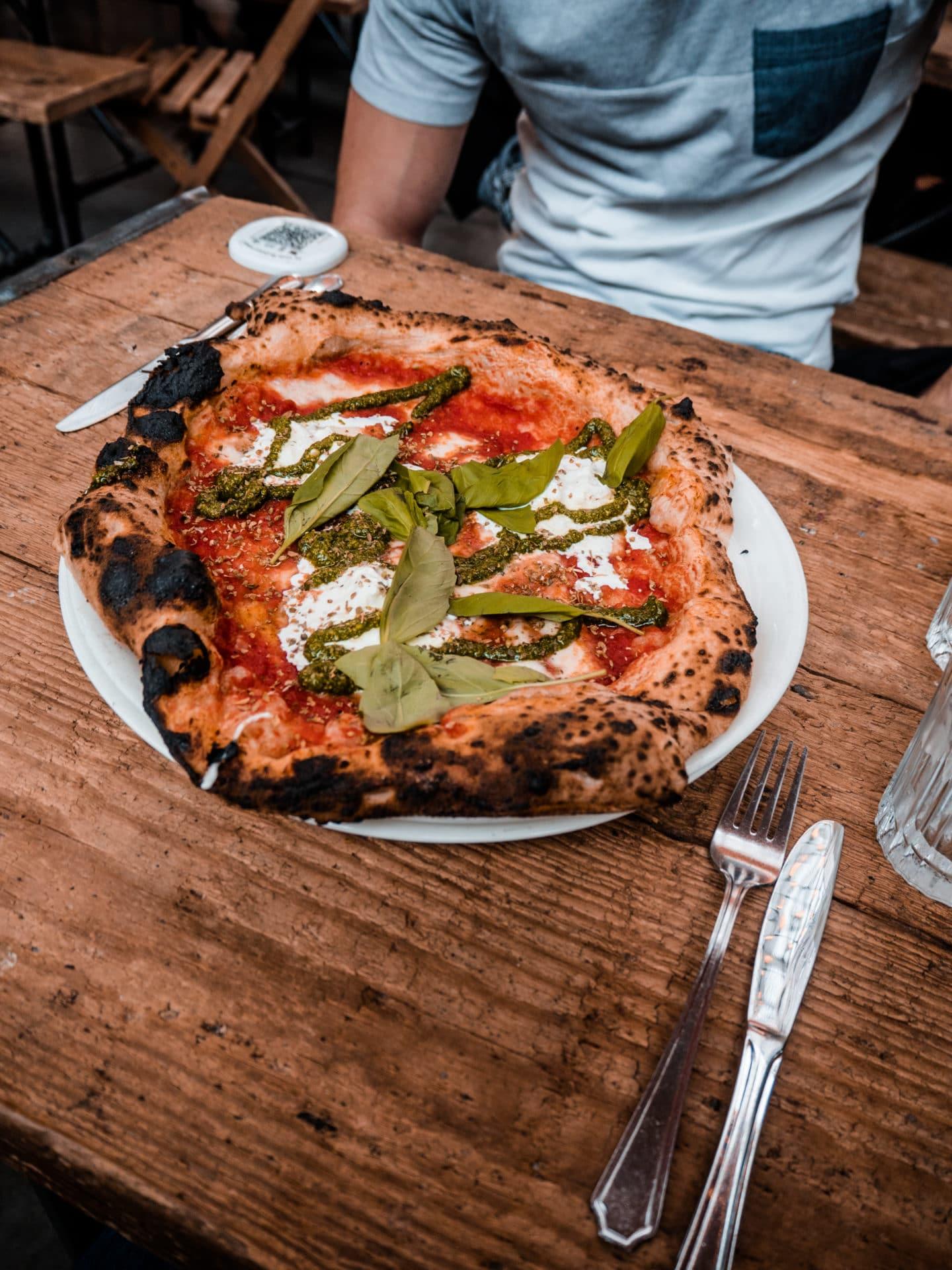 Foodhalle La Felicitá Paris Pizza